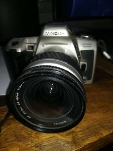 Minolta Dynax 505si 35mm SLR film Camera With matching 28-80mm lens student