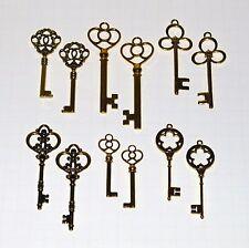 12 Antique Vtg old Style Large Gold Skeleton Keys Lot Victorian Gothic Fantasy