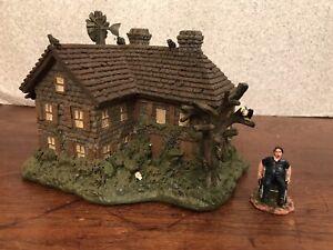HAWTHORNE VILLAGE TEXAS CHAINSAW MASSACRE GRANDADDY FRANKLIN HOUSE Horror Complt