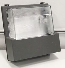 Hubbell HPS100 Floodlight Hazardous Wet Location 120v 100w 3.6a USED