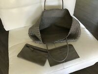 NWT Falor Firenze Women's Hand Woven Grey Leather Tote Bag