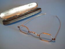 Cw Period Eyeglasses With Case
