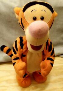 1998 Mattel Winnie the Pooh Tigger Talking,Jumping, Bouncing Plush- Works great!