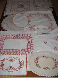 Konvolut Deckchen-Handarbeit-Stickerei-Spitzenrand-10 Deckchen-Tischdecken