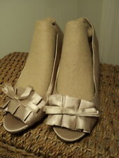 shoes satin stiletto pink 1950s glam  never worn 8