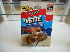 Road Champs Vette Corvette in Brown on Blister