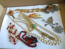 Vintage Jewelry Lot Necklace Crystal Brooch Pendant Rhinestones & More (645B)