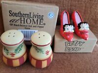 Vintage Collectable Bundle! Handpainted  Salt & Pepper Shakers !free gift