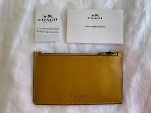COACH NEW YORK MENS SMALL YELLOW GLOVETAN LEATHER ZIP WALLET CARD CASE HOLDER