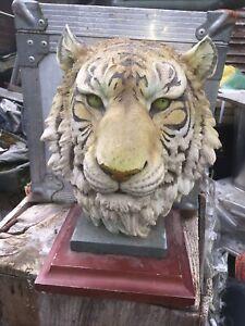 Free Standing Resin Tiger Head On Plinth Ornament Read Below