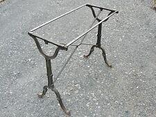 PIETEMENT DE TABLE EN FONTE GODIN