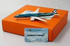 JC Wings 1:400 Cathay Pacific B777-300ER 'Asia's World City - Flaps Down' B-KPF
