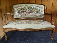Chateau D'ax French Provincial Tapestry Fauteuil Bergere Settee/Sofa Italy Sacto