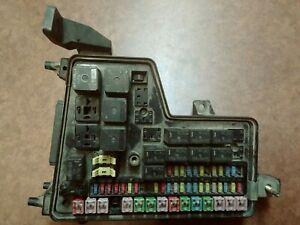 2003-2005 Dodge Ram 2500 3500 Diesel Totally Integrated Power Module Fuse Box