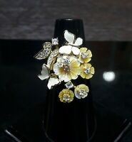 WINSOME NATURAL MOP.WHITE CZ -STERLING 925 SILVER RING