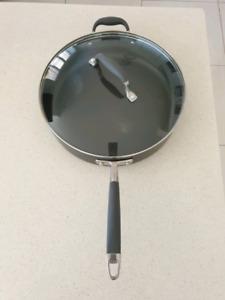 Anolon Advanced 30cm/4.7L Covered Saute Saucepan non stick Pot casserole frypan