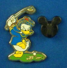 Donald Duck Golfing Playing Golf Moveable Club 2004 Disney Pin #5777