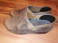 Dansko 39 Pita 7095 Womens Clog Black Leather Strap Size 8.5/9 Made in Poland