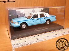LINCOLN TOWN CAR TAXI CAB 1:43 WASHINGTON D.C. (USA) 1996