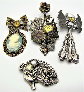 4 VICTORIAN STYLE STEAMPUNK PINS - SAME MAKER - WTH CLOCKS