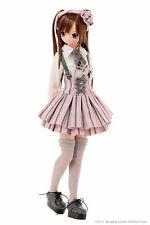 Azone Pure Neemo Gray X Pink LYCEE Doll Normal Ver. + Original Feature Leaflet