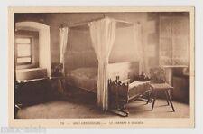 """CPA """" HAUT-KOENIGSBOURG - La Chambre a coucher"""