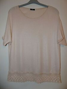Ladies Peach Pink Lightweight Knit Top With Lace Hem SIze 12