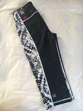 NWT Victoria's Secret VSX Sport Knockout Crop Legging Black White Tie Dye Size M