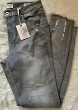 Womens Jessica Simpson Jean's Distressed Cropped Size 29