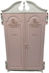 Vintage 1960s Barbie Suzy Susy Goose Pink & White Wardrobe Closet
