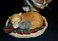 Vintage Cat w Mouse Figure Sleeping Cuddle Up Rare 3-pc Wicker Basket Pillow EVC
