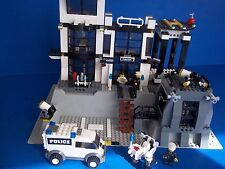 LEGO City Police Station (7237) with Instructions. Retired!