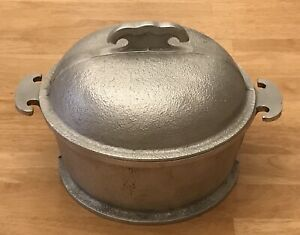 """Guardian Service Round 8"""" Covered 2-pc Aluminum Cookwear VGC"""