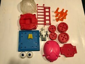 Tinkertoy Space Station Specialty Parts - 20 + pieces