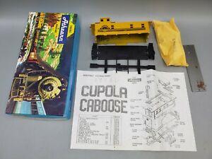Athearn Rio Grande Main Line Caboose No.1258 HO Scale Railroad Train Model Kit