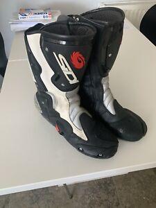 SIDI Vertigo Motorcycle Boots size uk 9.5 usA 10 euro 44 Fantastic Condition