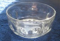 Small simple Arcopal France clear glass bowl approx 11 cm x 5 cm
