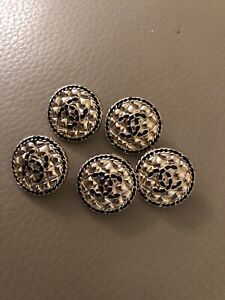 Chanel CC goldtone and black buttons set of 5. 20 mm