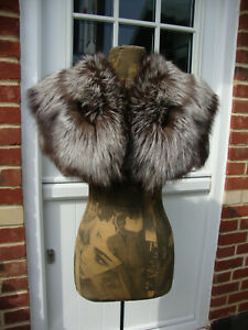 Unusual Real Silver Fox Fur Cape Collar Shrug Stole Tippet Shawl Shoulder Detail