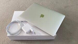 Apple MacBook Air, Frühjahr 2020, Intel i5 Quad-Core, 8 GB, SSD 256GB, Silber
