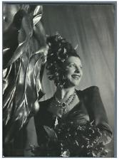 Yvonne Darries Vintage silver print Tirage argentique  13x18  Circa 1946