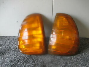 MERCEDES W123 FRONT INDICATORS LEFT AND RIGHT AMBER 11/21