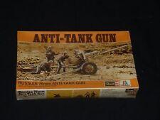 REVELL  RUSSIAN 76MM ANTI TANK GUN MODEL KIT NIB