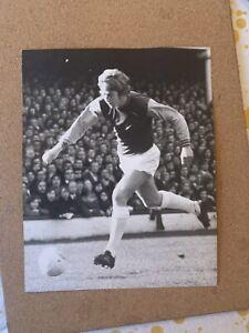 7x5 Original West Ham WHU Press Photo - Tommy Taylor. 1972