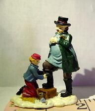 Grandeur Noel Victorian Village Shoe shine Boy 2000 Vintage People Replacement