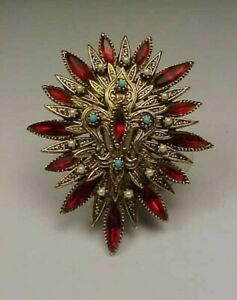 Gorgeous Vintage Signed ART Goldtone & Rhinestone/Lucite/Faux Pearl Brooch