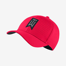 Nike Tiger Woods TW Classic 99 Golf Perforated Siren Red Fitted Hat Cap - L/XL