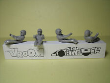 4 FIGURINES  1/43  SET 271  PILOTES  SIXTIES  AVEC  FOULARD  VROOM  FOR  SPARK