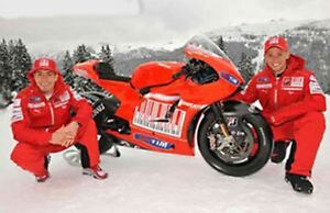 MINICHAMPS 100027 100069 DUCATI DESMO GP10 bike Casey Stoner Nicky Hayden 1:12th