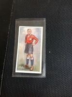 G4-1 Cigarette Card Player Footballers 1928 No 22 W Lewis Wales